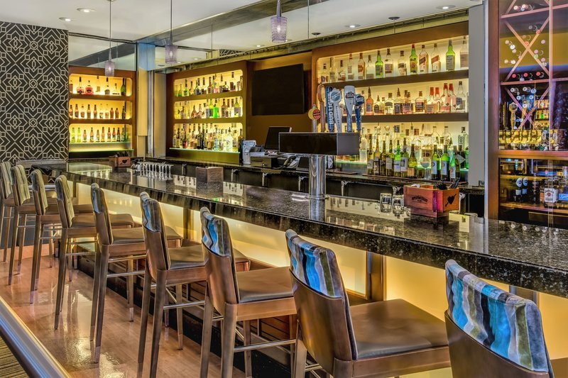 Crowne Plaza Seattle-Downtown-Bar and Lounge<br/>Image from Leonardo