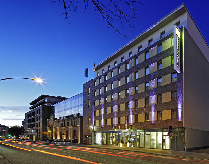 Holiday Inn Express Hamburg - St. Pauli Messe-Hotel Exterior<br/>Image from Leonardo