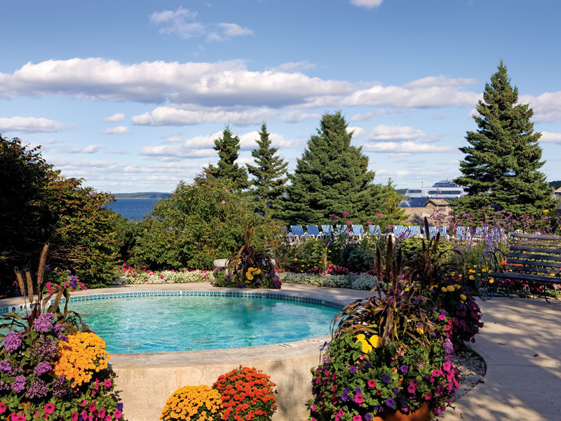 Holiday Inn Resort Bar Harbor - Acadia Natl Park - Outdoor Hot Tub <br/>Image from Leonardo