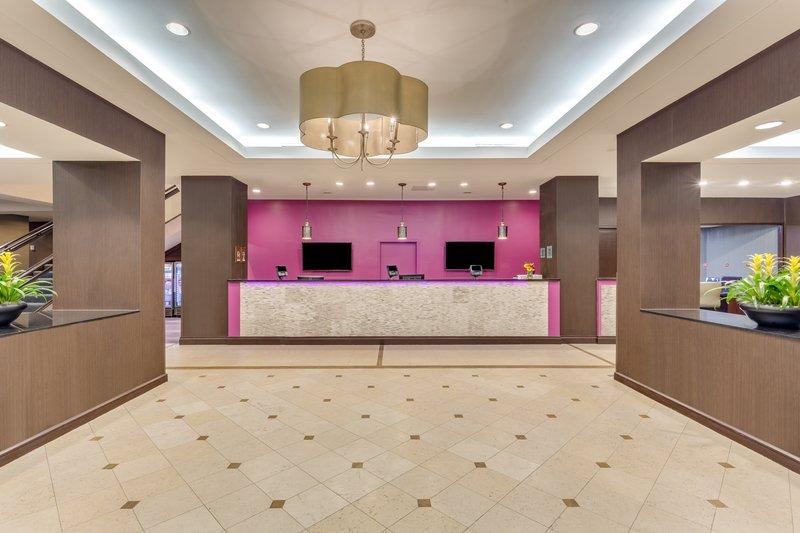 Crowne Plaza Danbury-Front Desk <br/>Image from Leonardo