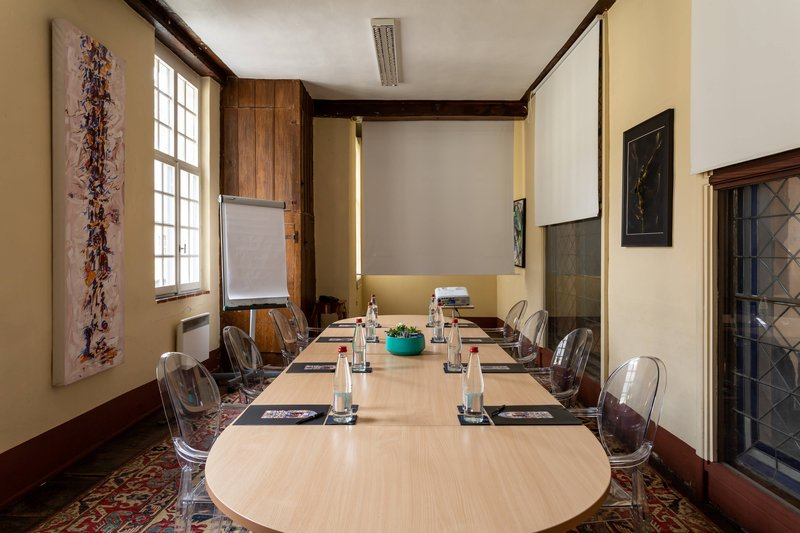 Autograph Collection L'Hermitage Gantois-Oratoire - Conference Setup<br/>Image from Leonardo
