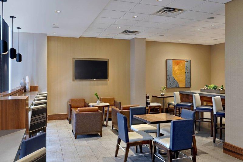 Calgary Marriott Downtown Hotel-M Club<br/>Image from Leonardo