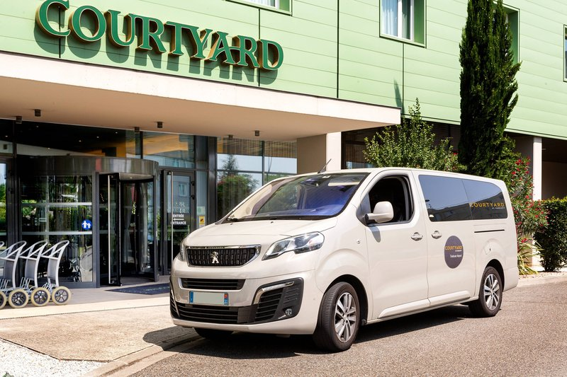 Courtyard Toulouse Airport-Airport Hotel Shuttle<br/>Image from Leonardo