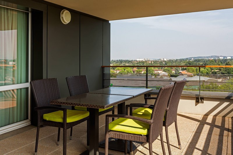 Courtyard Toulouse Airport-Suite Terrace<br/>Image from Leonardo