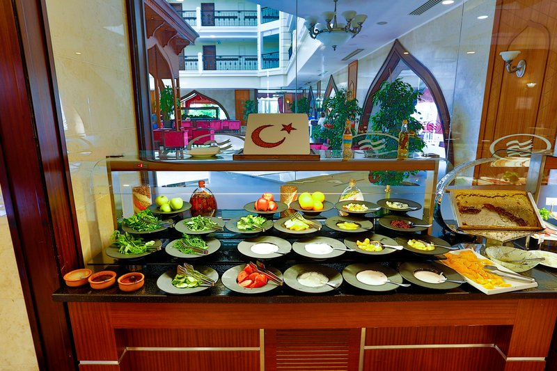 Crowne Plaza Antalya-Breakfast Bar<br/>Image from Leonardo