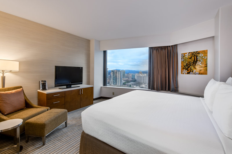 Crowne Plaza Seattle-Downtown-Enjoy the city views from our guest rooms.<br/>Image from Leonardo