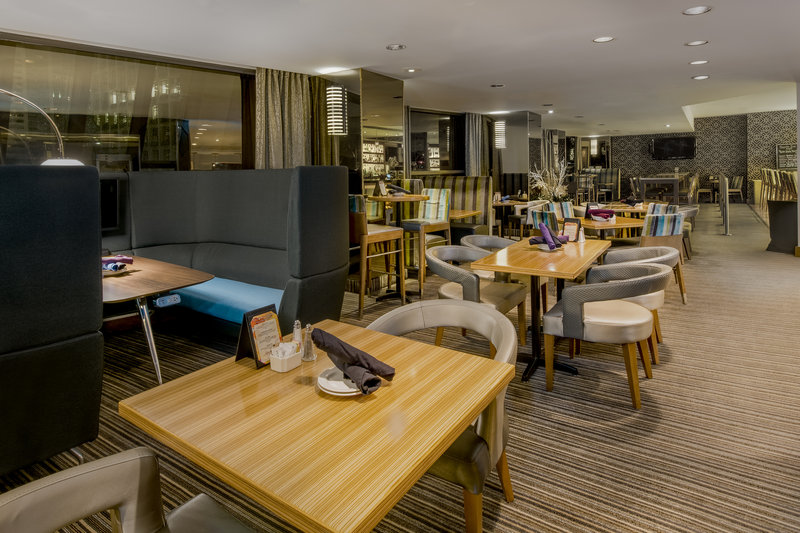Crowne Plaza Seattle-Downtown-Downtown Seattle Dining at the Regatta Grille<br/>Image from Leonardo