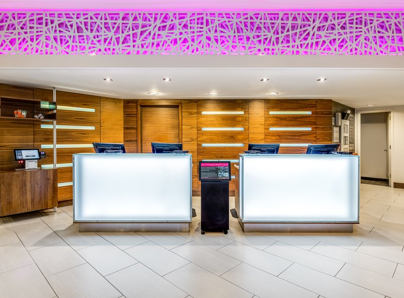 Crowne Plaza Seattle-Downtown-Take advantage of the hotel's express check in/out service.<br/>Image from Leonardo