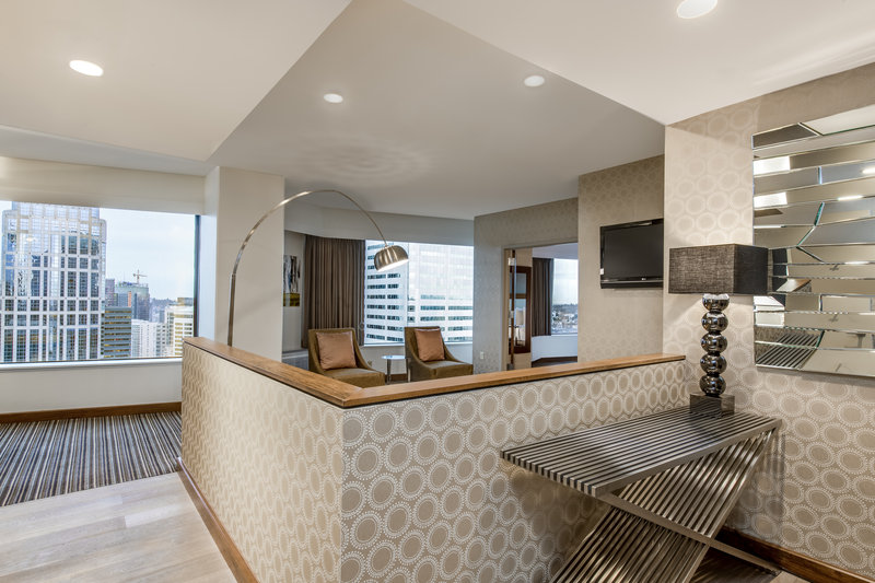 Crowne Plaza Seattle-Downtown-Our Presidential Suite has everything you need for a great night.<br/>Image from Leonardo