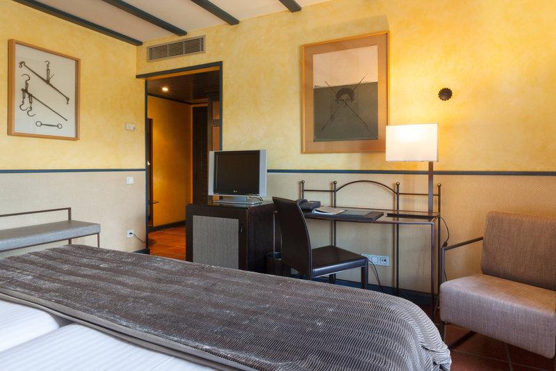 AC Hotel Ciudad de Toledo-Twin/Twin Superior Guest Room<br/>Image from Leonardo