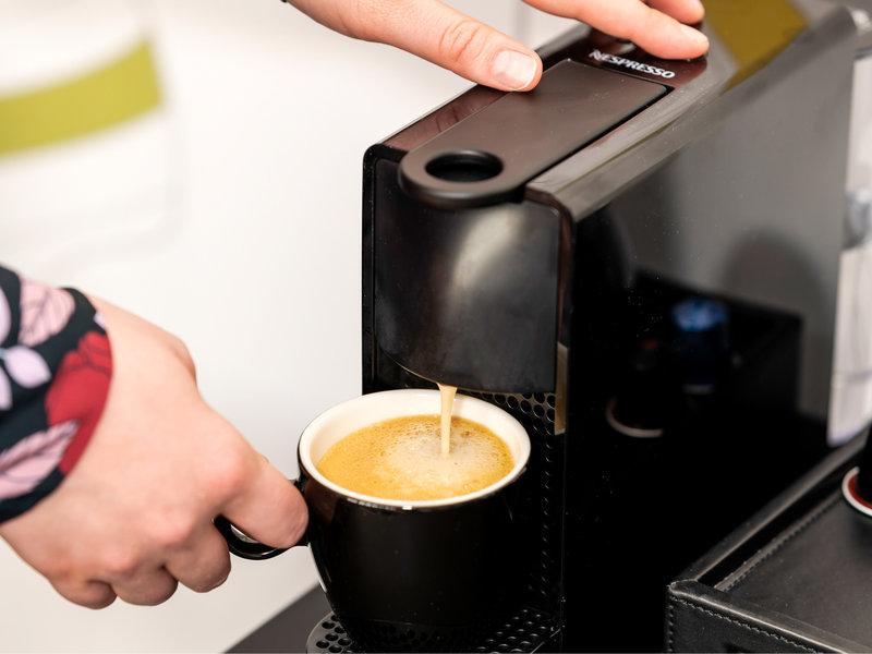 Mercure Antwerp City Centre-Guest Room<br/>Image from Leonardo