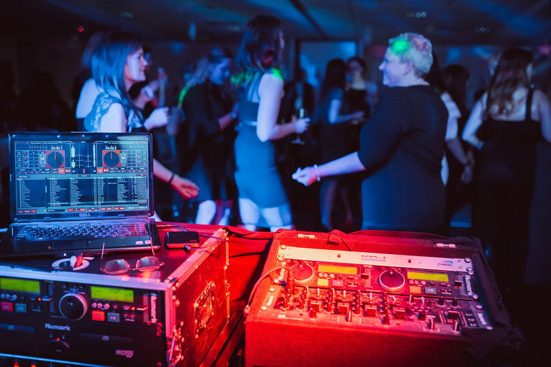 Holiday Inn Winchester-DJ Entertainment<br/>Image from Leonardo