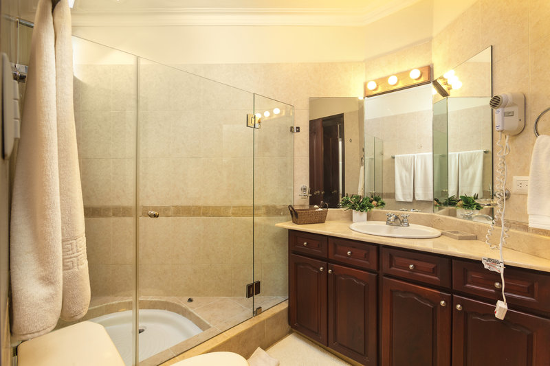 Casa De Campo - Villa Almendros Classic 4 Bedroom Bathroom <br/>Image from Leonardo