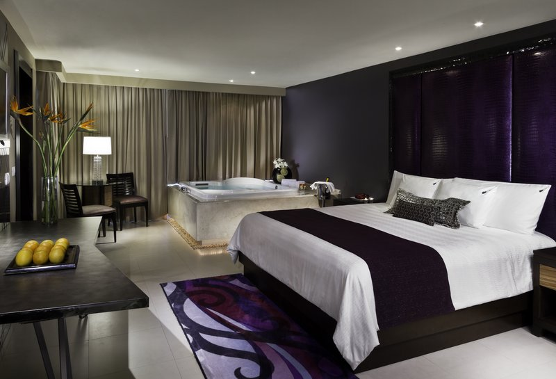 Hard Rock Cancun - HRHCancun Guest Suite Bedroom <br/>Image from Leonardo