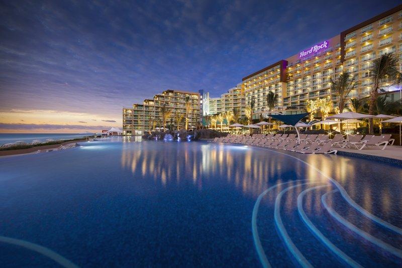 Hard Rock Cancun - HRHCancun Pool <br/>Image from Leonardo