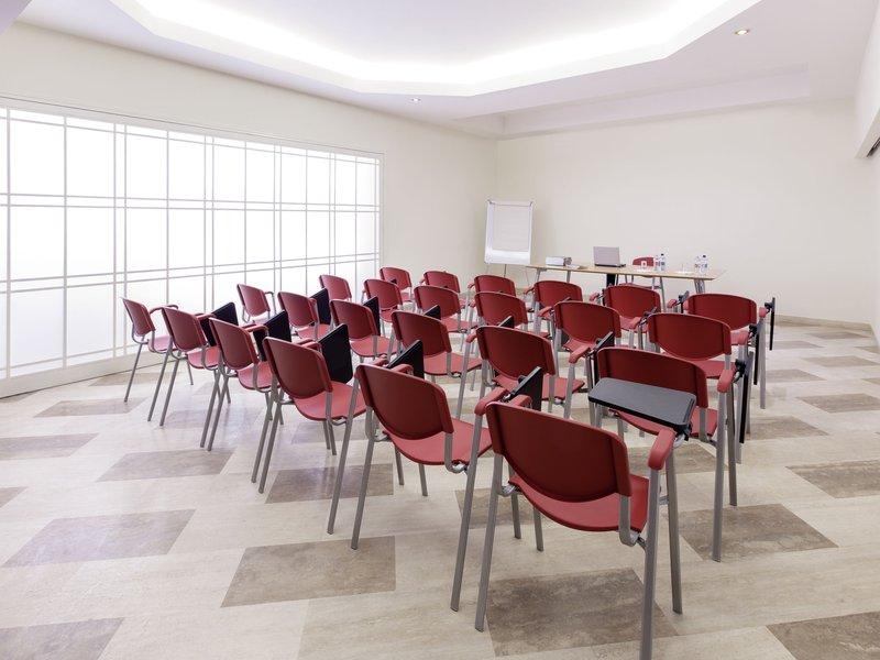 Adagio Rome Vatican-Meeting Room<br/>Image from Leonardo