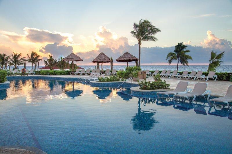 Hard Rock Riviera Maya - Family - HRHRiviera Maya Heaven Pool Sunrise <br/>Image from Leonardo