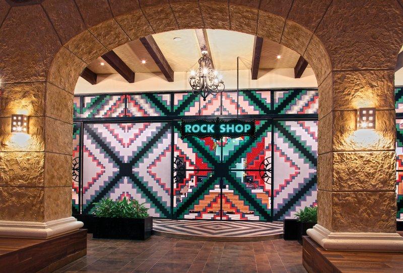 Hard Rock Riviera Maya - Family - HRH Riviera Maya Heaven Rock Shop <br/>Image from Leonardo
