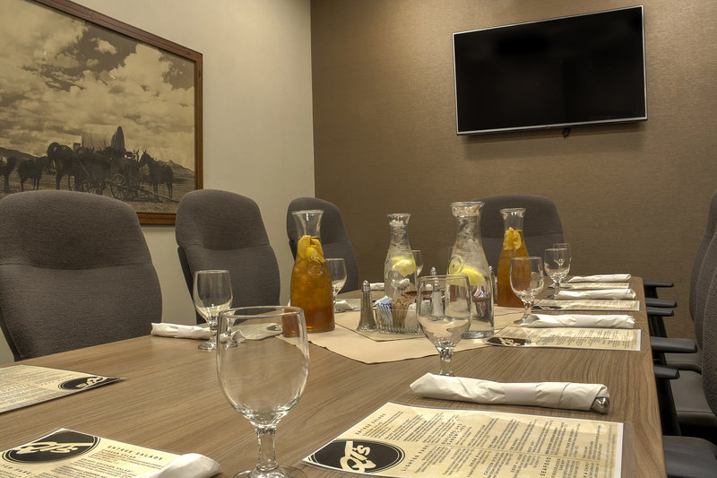 Holiday Inn Cody-At Buffalo Bill Village-Meeting Room<br/>Image from Leonardo
