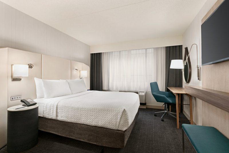 Crowne Plaza Philadelphia - King of Prussia-Our King of Prussia hotel offers ADA compliant rooms.<br/>Image from Leonardo