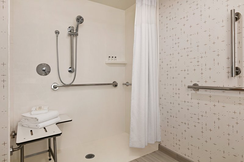 Crowne Plaza Philadelphia - King of Prussia-Our mobility accessible rooms are equipped with roll-in showers. <br/>Image from Leonardo