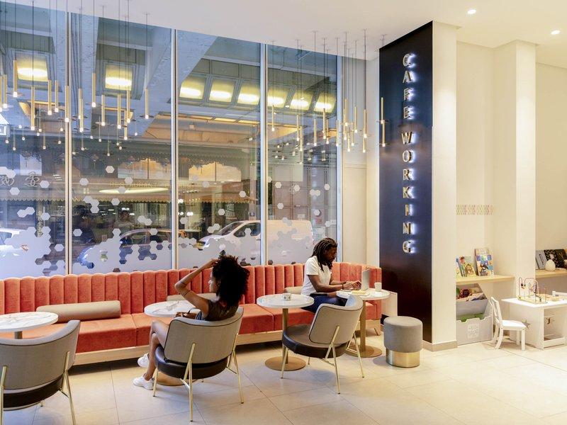 Aparthotel Adagio Paris Centre Eiffel Tower-Restaurant<br/>Image from Leonardo