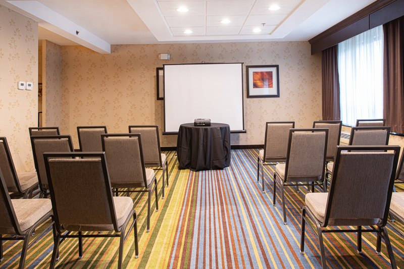 Holiday Inn Airport West Earth City-Meeting Room<br/>Image from Leonardo