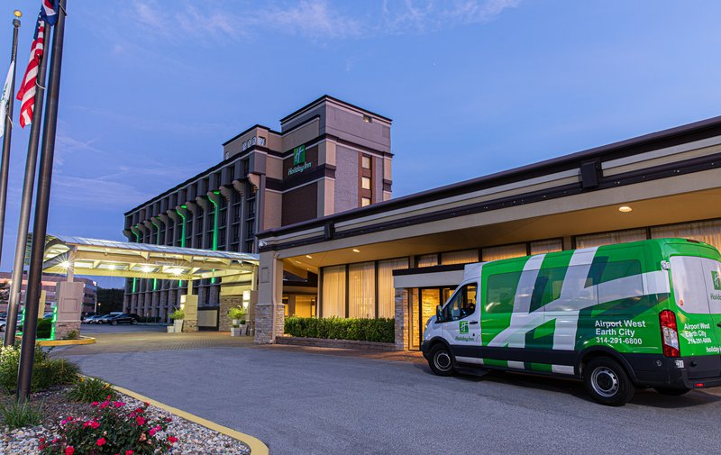 Holiday Inn Airport West Earth City-Hotel Exterior<br/>Image from Leonardo