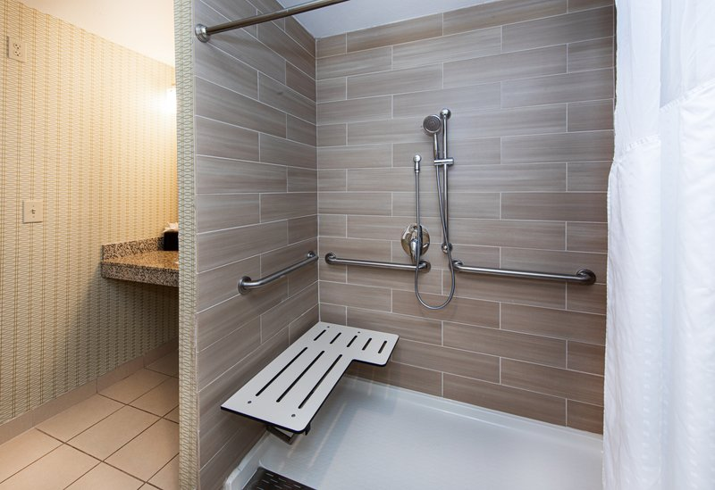 Holiday Inn Airport West Earth City-Guest Room<br/>Image from Leonardo