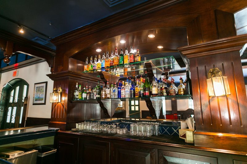 The Courtleigh-Mingles Bar and Lounge<br/>Image from Leonardo