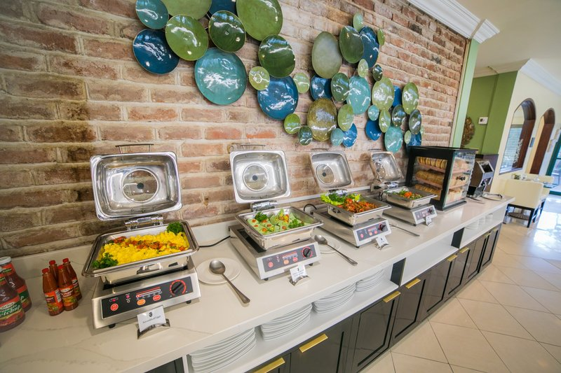 The Courtleigh-Breakfast Buffet<br/>Image from Leonardo