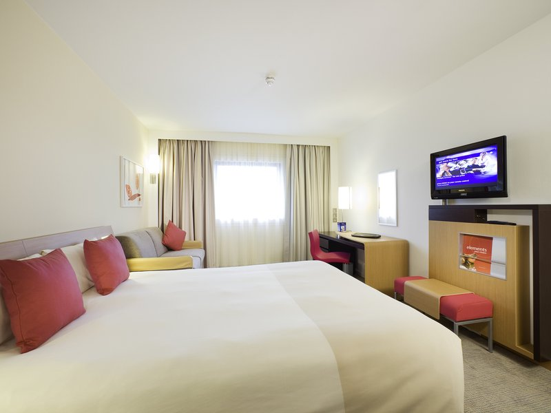 Novotel Sheffield Centre-Guest Room<br/>Image from Leonardo