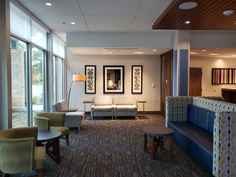 Holiday Inn Express And Suites Savannah N Port Wentworth-Comfortable Seating in our Lobby Area<br/>Image from Leonardo