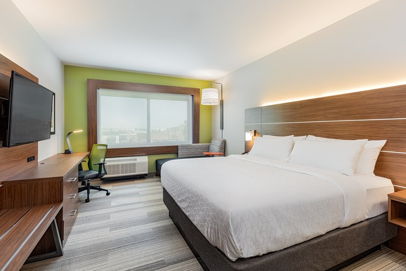 Holiday Inn Express And Suites Moreno Valley Riverside-King Guestroom<br/>Image from Leonardo