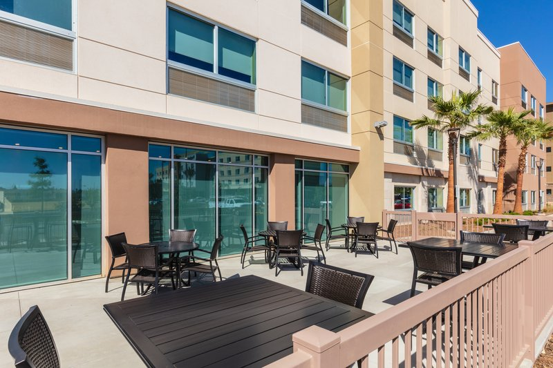 Holiday Inn Express And Suites Moreno Valley Riverside-Patio<br/>Image from Leonardo