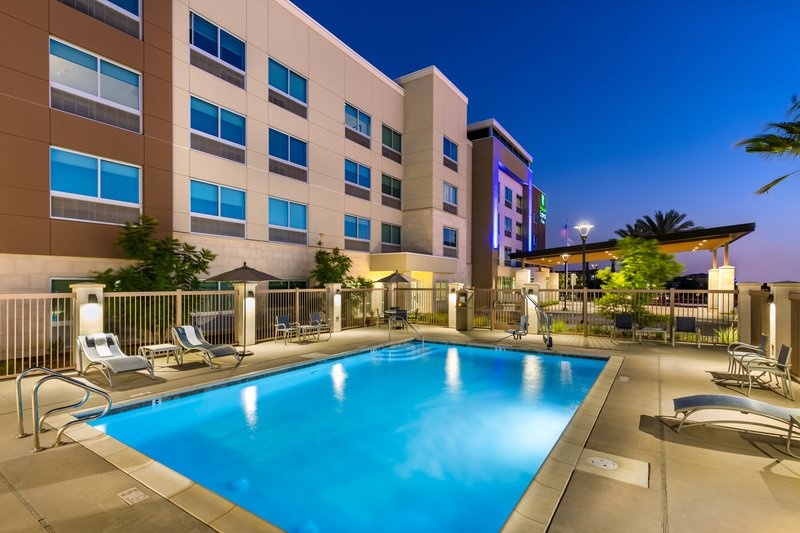 Holiday Inn Express And Suites Moreno Valley Riverside-Outdoor Pool<br/>Image from Leonardo