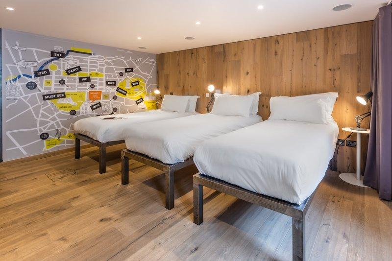 Grassmarket Hotel-Comfy Triple<br/>Image from Leonardo