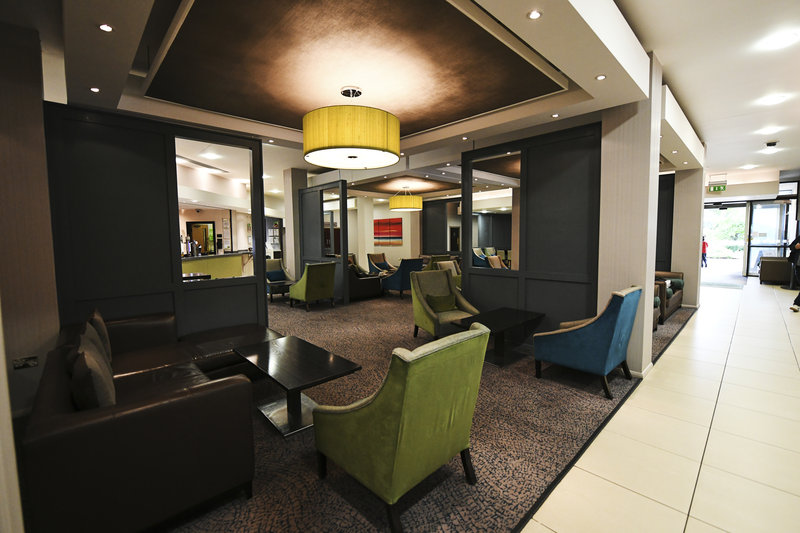 Holiday Inn Telford - Ironbridge-Bar and Lounge<br/>Image from Leonardo