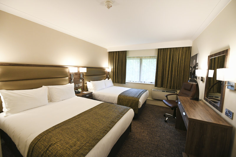 Holiday Inn Telford - Ironbridge-Guest Room<br/>Image from Leonardo
