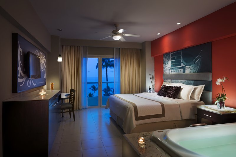 Hard Rock Hotel Vallarta-HRHVallarta Guest Room King V<br/>Image from Leonardo