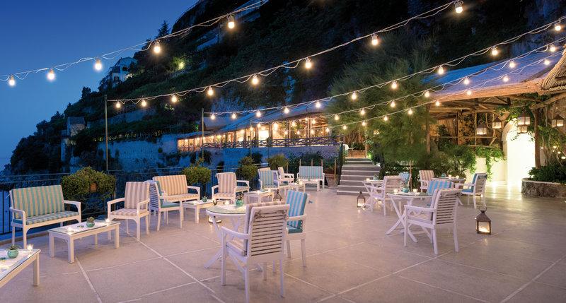 Santa Caterina Hotel-Grottino bar<br/>Image from Leonardo