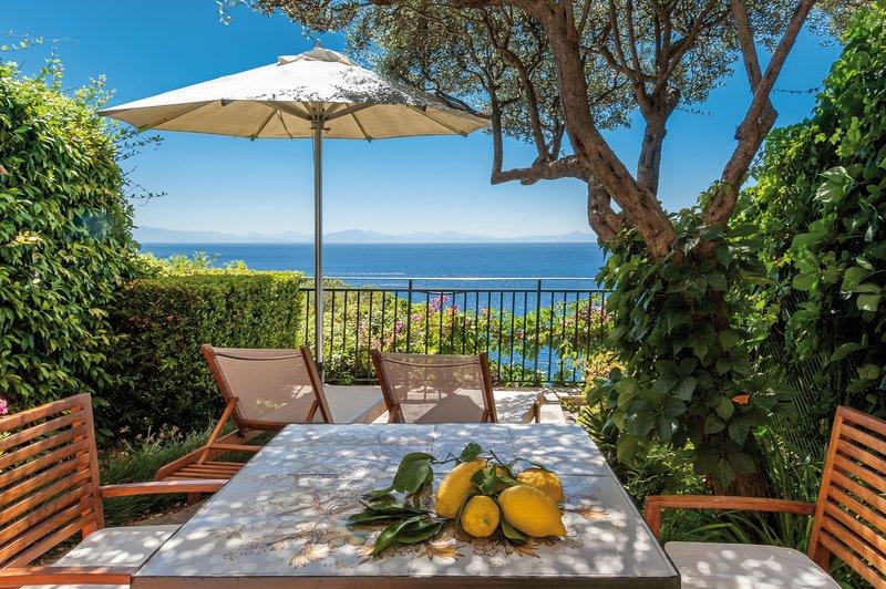 Santa Caterina Hotel-suite terrace<br/>Image from Leonardo