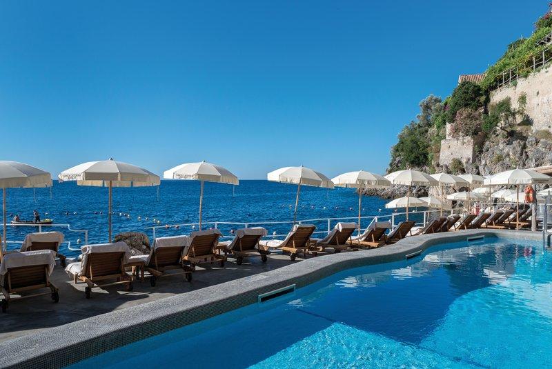 Santa Caterina Hotel-Pool<br/>Image from Leonardo