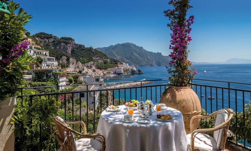 Santa Caterina Hotel-Bar Terrazza<br/>Image from Leonardo
