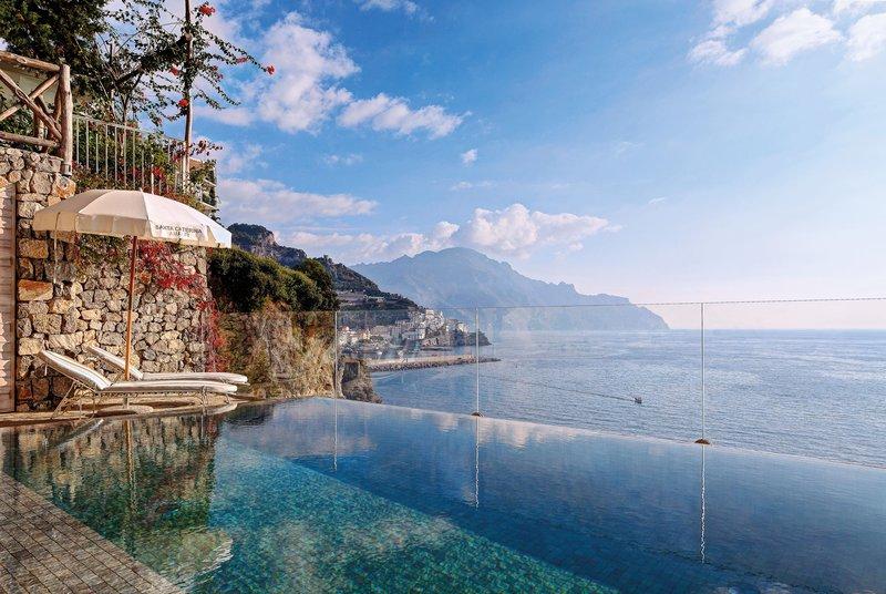 Santa Caterina Hotel-Follia suite plunge pool<br/>Image from Leonardo