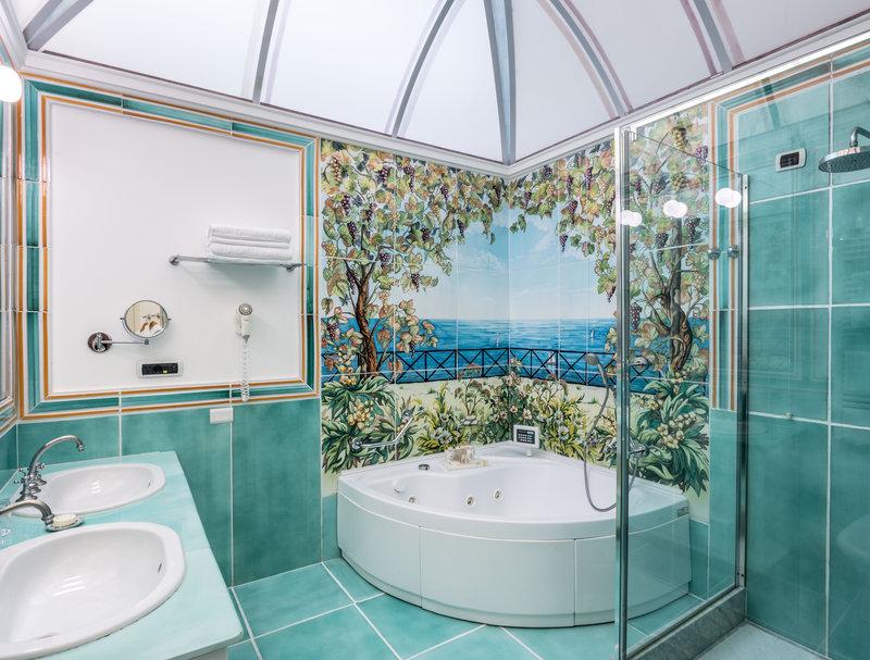 Santa Caterina Hotel-Suite Bathroom<br/>Image from Leonardo