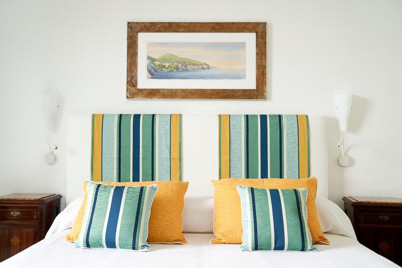 Santa Caterina Hotel-bedroom featrue<br/>Image from Leonardo
