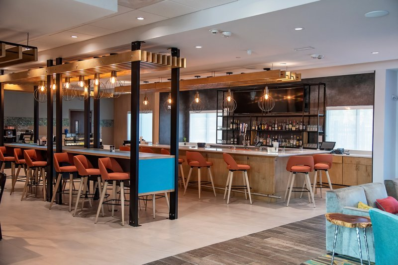 Holiday Inn Hotel And Suites Savannah Airport Pooler-Restaurant<br/>Image from Leonardo
