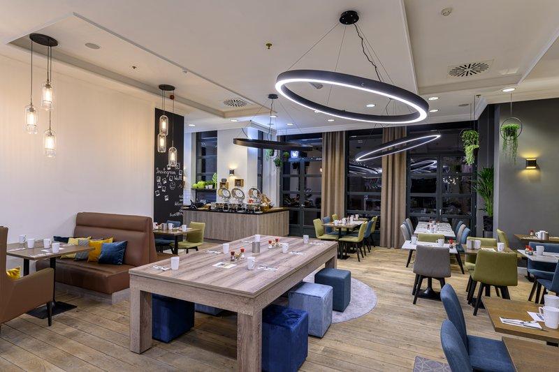Holiday Inn Brussels - Schuman-Enjoy a delicious breakfast<br/>Image from Leonardo