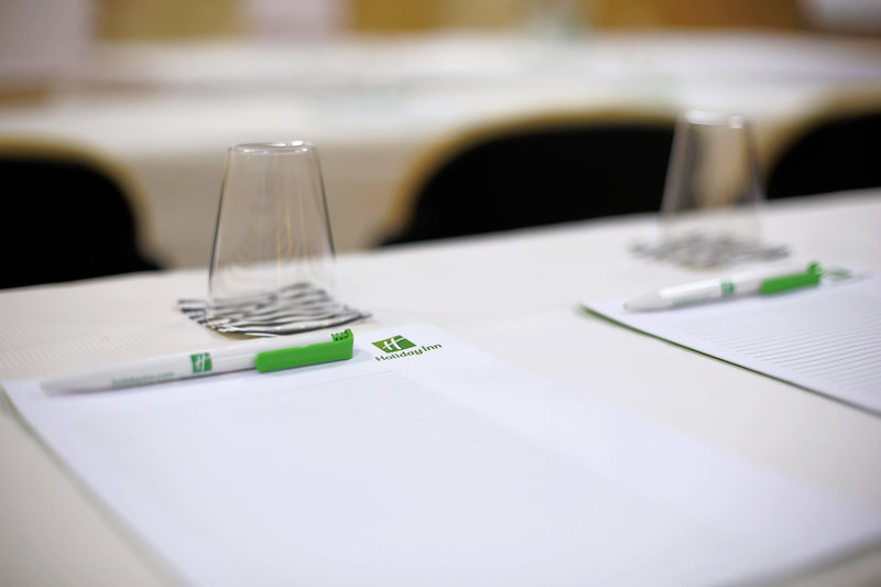 Holiday Inn Cannes-Meeting Room<br/>Image from Leonardo